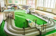 火车隧道模型图
